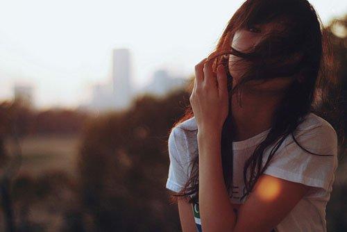 被一个人伤透心的昵称:思绪以扰乱莪的情绪�r